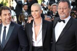 Javier Bardem, Charlize Theron & Jean Reno